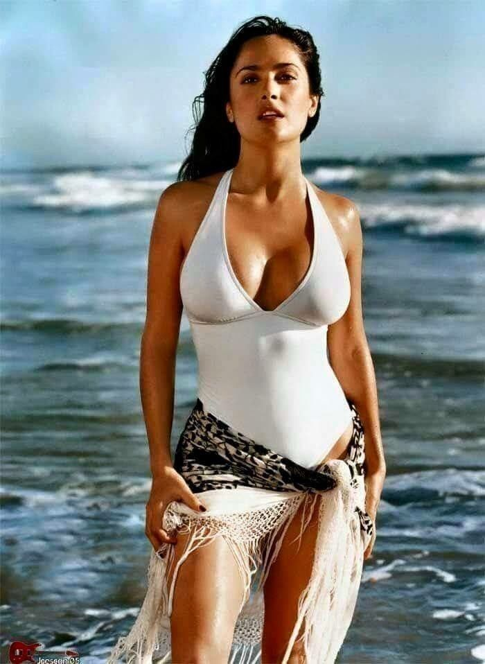 Salma Hayek Bikini Pics
