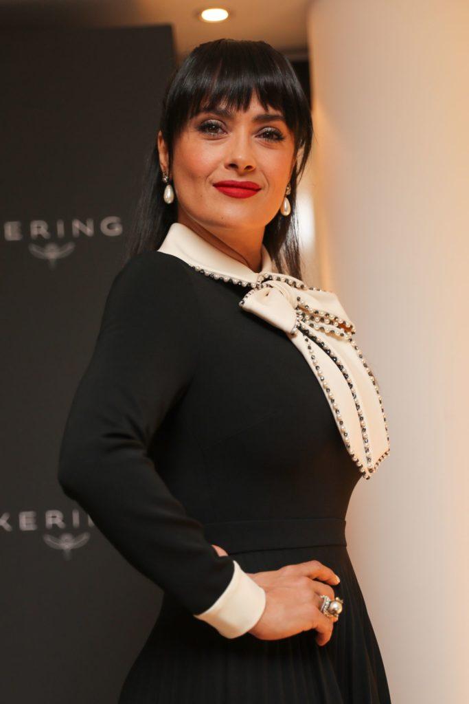 Salma Hayek Hot Sexy Pics
