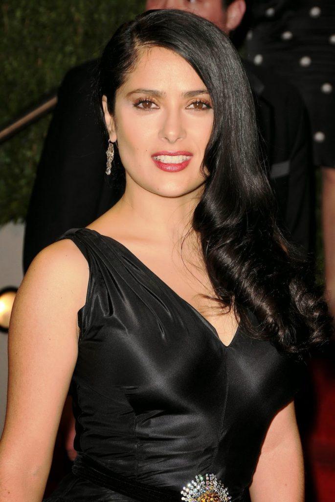 Salma Hayek Sexy Pics