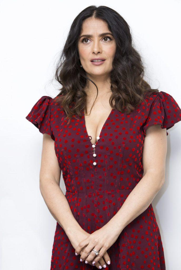 Salma Hayek Short Haircut Pics
