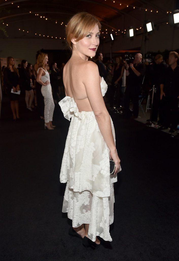 Sasha Alexander In Backless Dress Images
