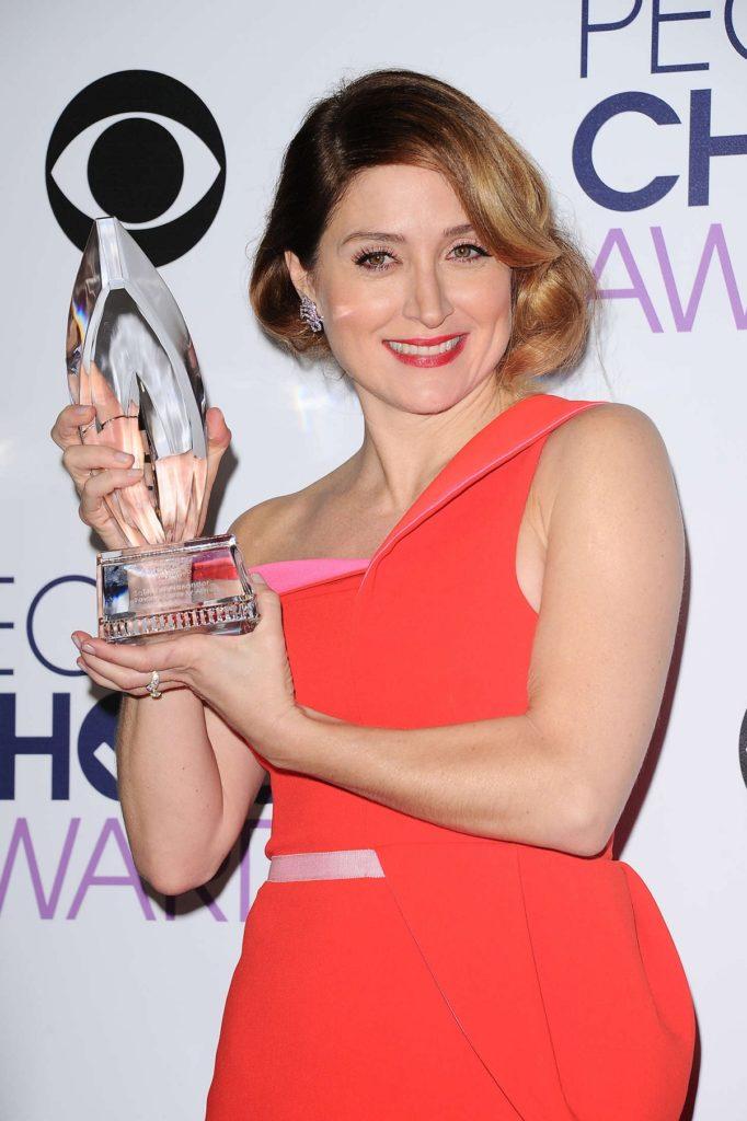 Sasha Alexander With Award Photos