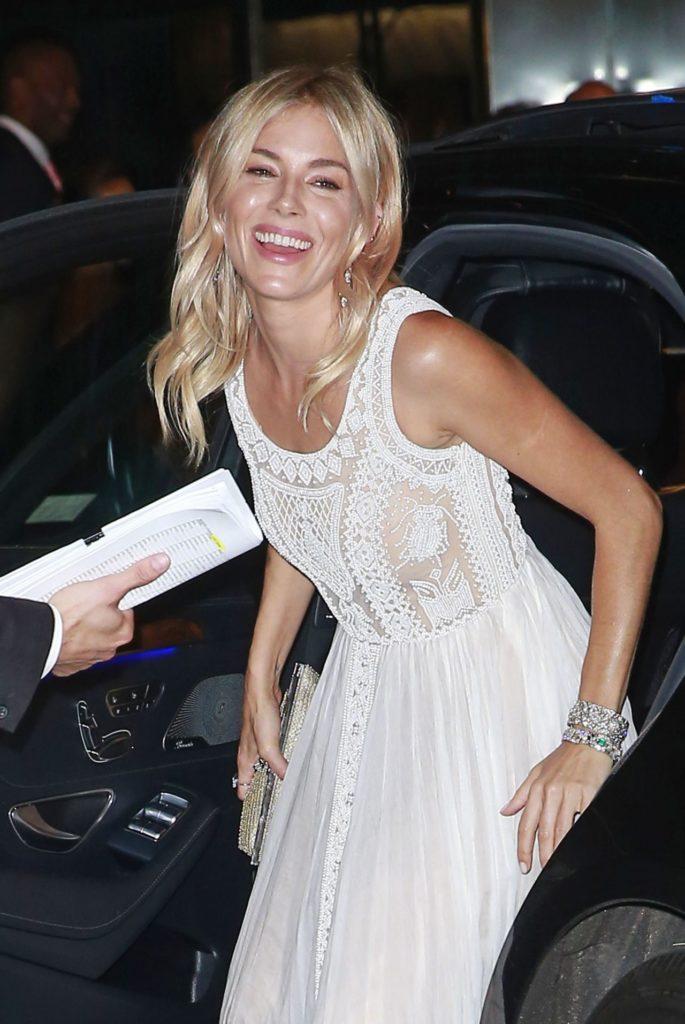 Sienna Miller Cute Smile Pics