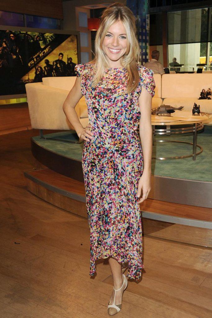 Sienna Miller Legs Images