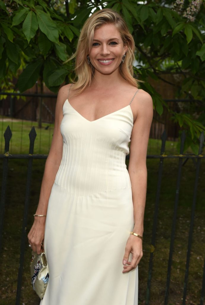 Sienna Miller Sexy Wallpapers