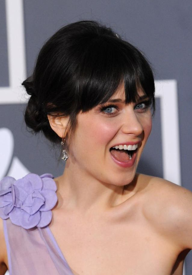 Zooey Deschanel Cute Smiling Pics