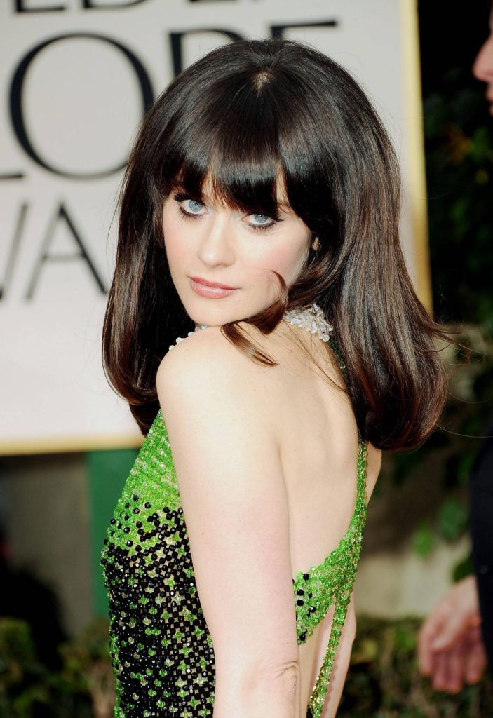 Zooey Deschanel In Bra Pics