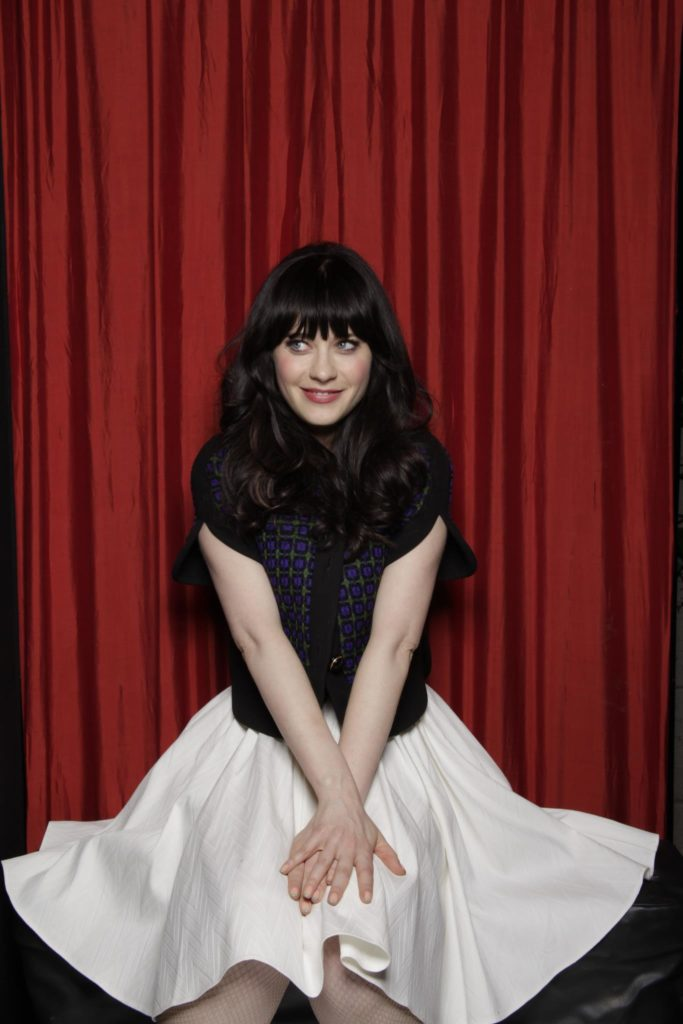 Zooey Deschanel Oops Moment Pics